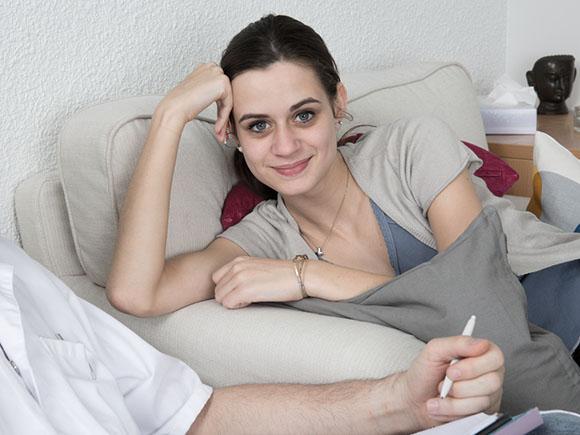kvinnelig homeopat
