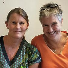 Jormødrene Cathrine Trulsvik  og Bippi Trovik