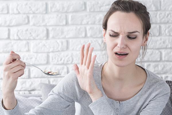 Dame som ikke vil spise legemidler